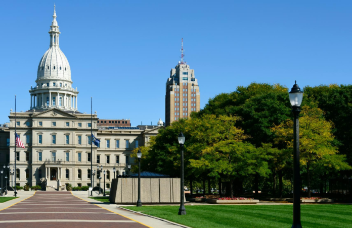 A picture of the Lansing Capitol Building. Learn about this and other attractions in Lansing in this vacation guide