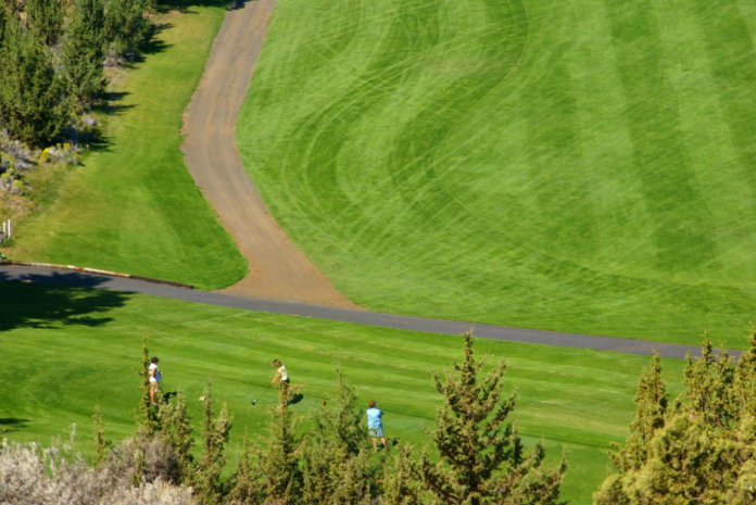 Find out what the best golf hotels in Oregon are