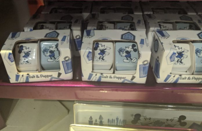 Best Disney Chanukah merchandise themed to Star Wars, Mickey, Minnie, Winnie the Pooh, Aristocats, etc.