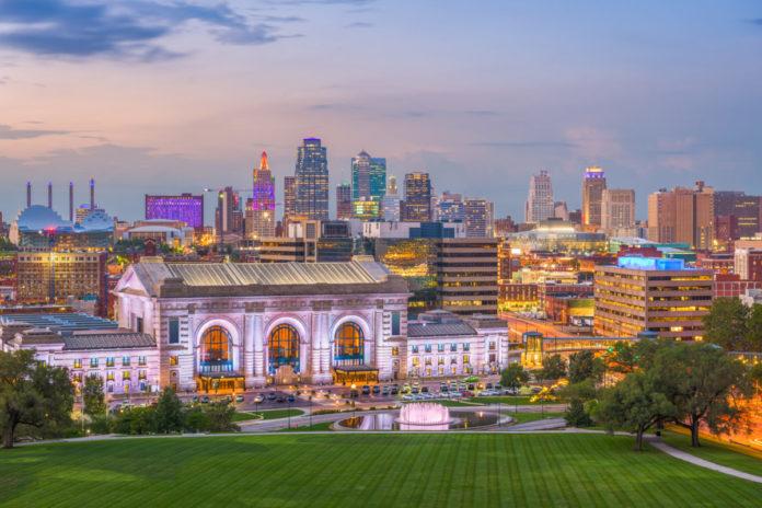 Save up to 79% on Kansas City, Missouri hotels