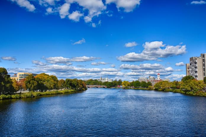 50% off New England Fall Foliage Cruise see Boston, Cambridge, Harvard, MIT, etc.