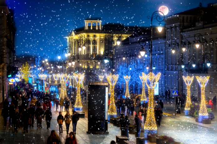 Discounted admission to Christmas Market Walking Tour in Warsaw, Poland