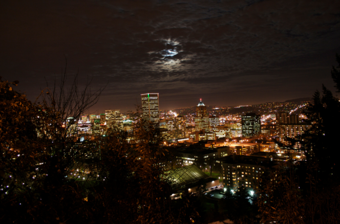 See haunted Shanghai Tunnels, Benson Hotel, Old Town Pizza, City Hall & More on Portland ghost tour