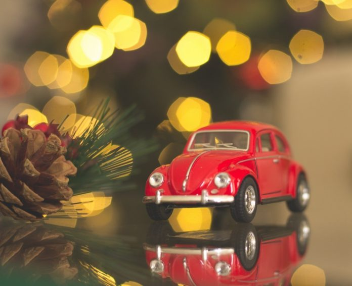 Discount ticket to drive through Christmas lights event in Mesa, Arizona
