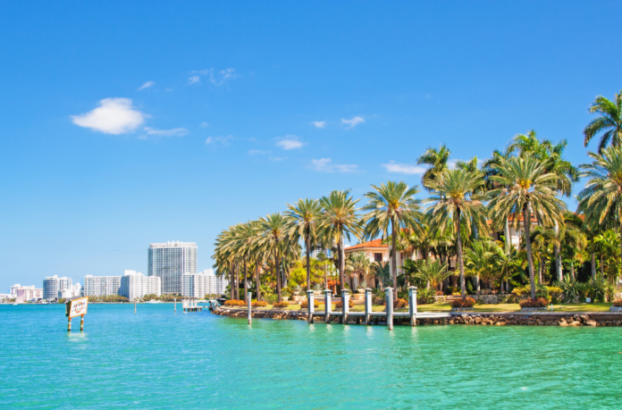 Private Yacht Charter In Miami, Florida discounted price