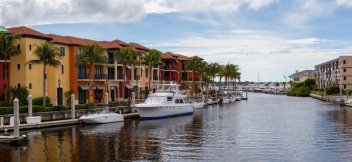 Save money on eco, sightseeing & sunset tours of Naples, Florida