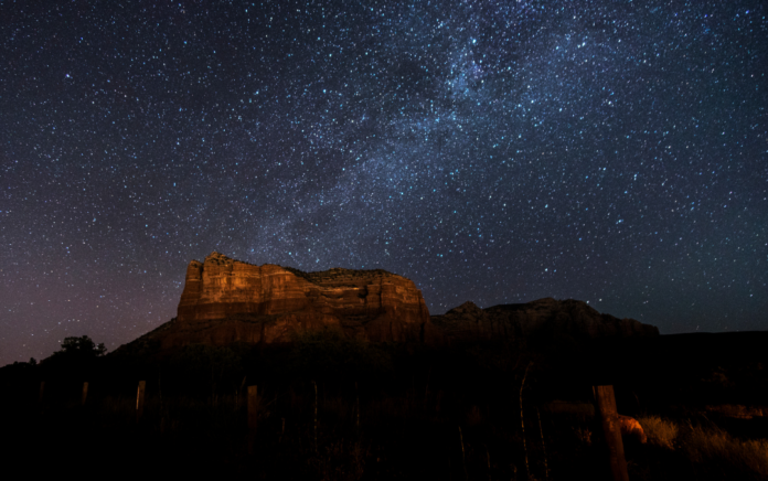 Take the Sedona: Nighttime UFO & Stargazing Tour and see UFOs