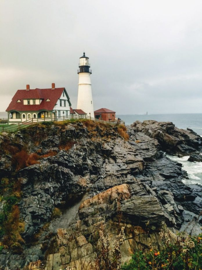 How to win a free trip to Maine including Airbnb rental, Merchant Islands kayaking adventure