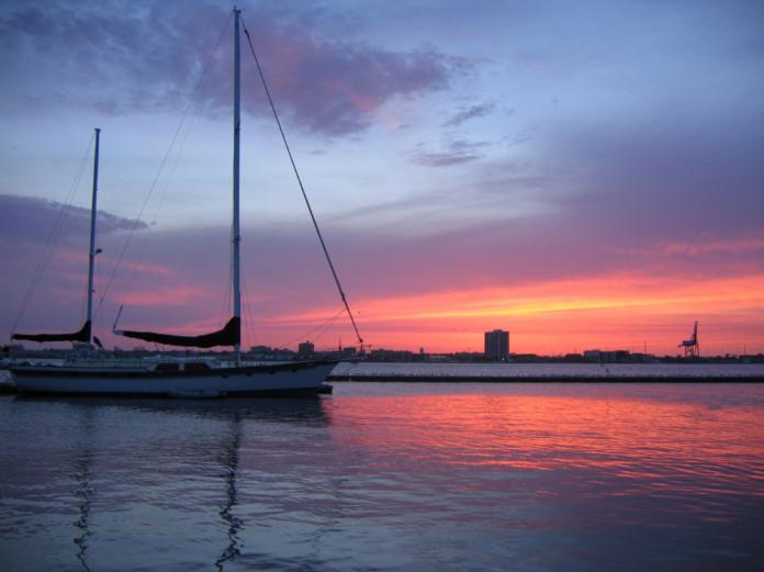 Charleston, South Carolina sailing tour 31% off