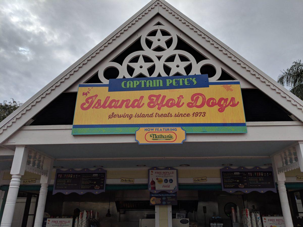 Captain Pete's Island Hot Dogs at SeaWorld Orlando Theme Park