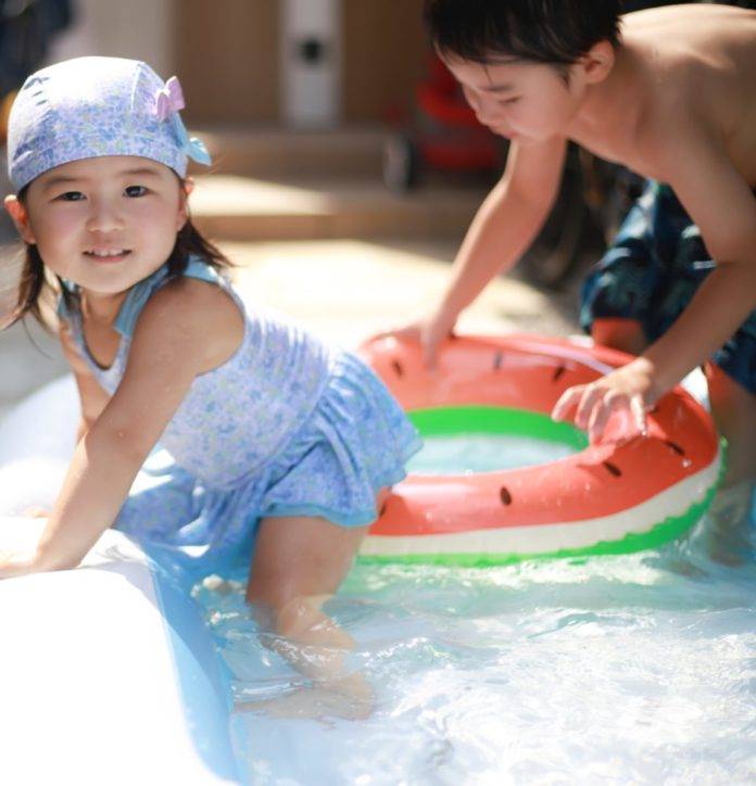 Cheap entrance fee for Spa Resorts Hawaiian theme park in Japan