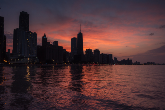 Discounted price for weekend afternoon & sunset cruises on Memorial Day weekend in Chicago, Illinois