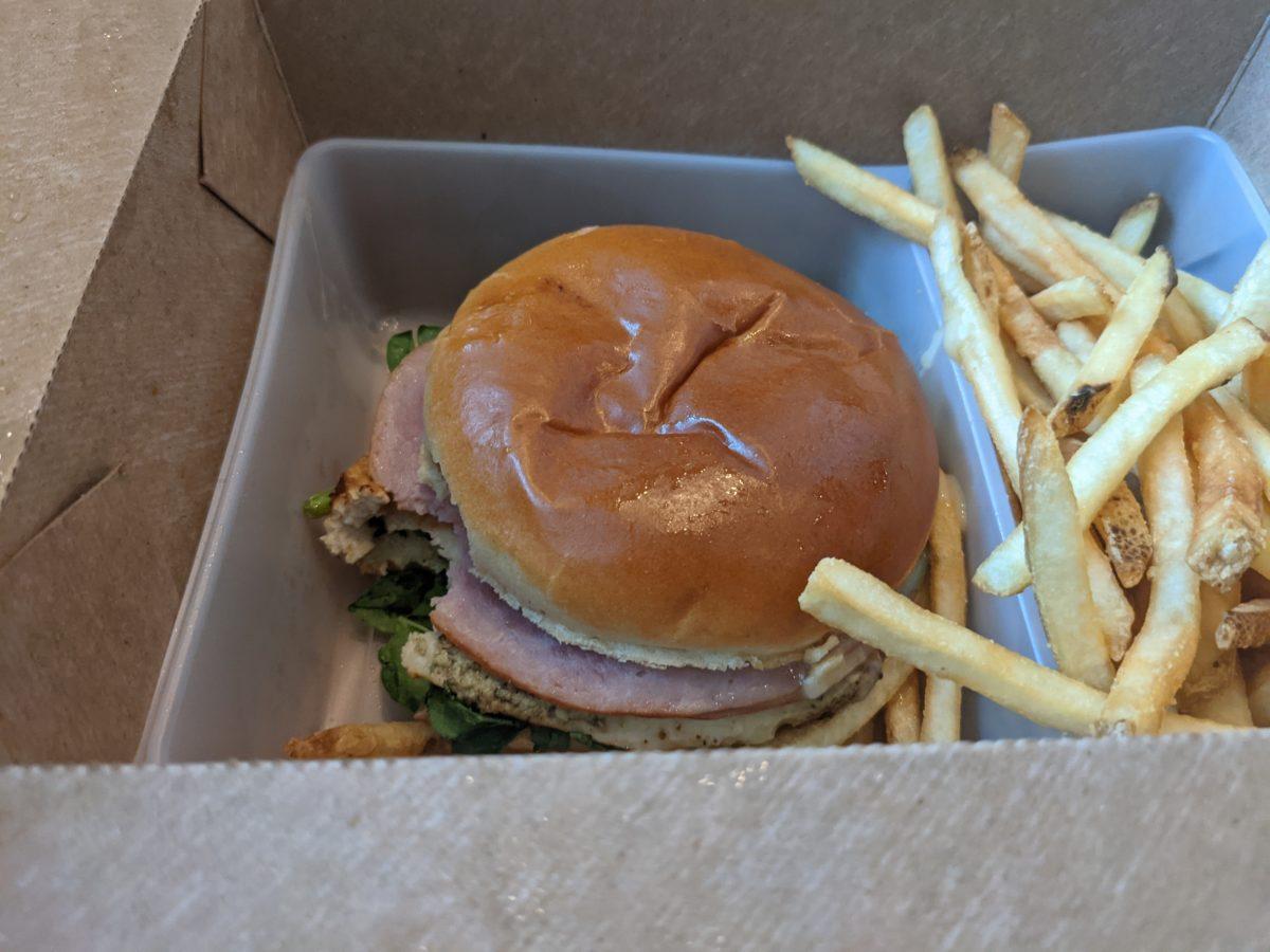 Grand Floridian Resort & Spa has a quick service restaurant Gasparilla Island Grill serving sandwiches