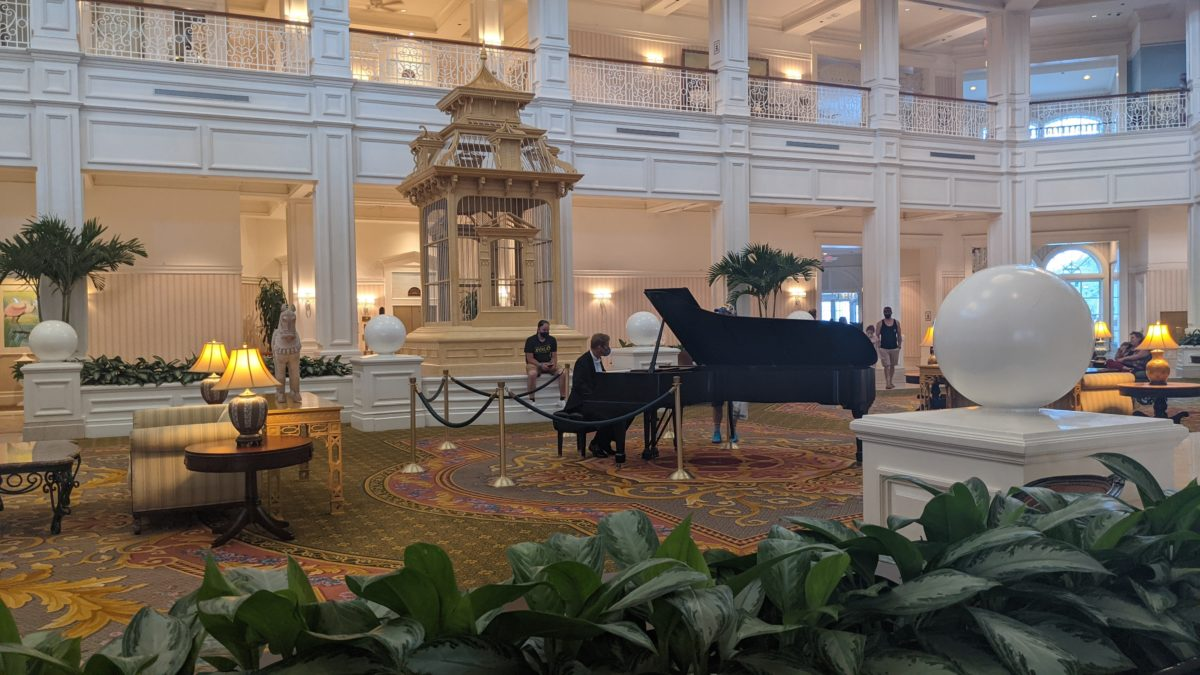 The lobby at the Grand Floridian is luxurious & relaxing
