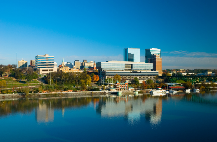 Discounted admission to Tennessee River Cruise In Knoxville