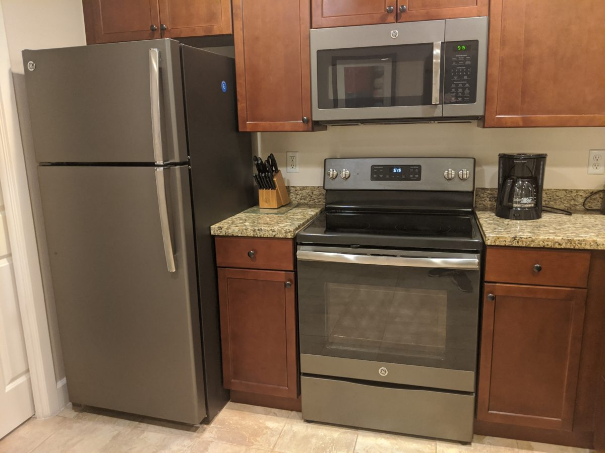 Get a full-size refrfgerator, oven, stove, microwave & more at Sheraton Vistana villas in Orlando