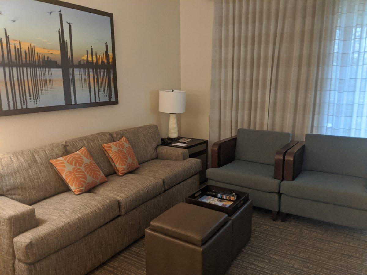 Sheraton Vistana Villages Resort has suites with dens in Orlando, FL