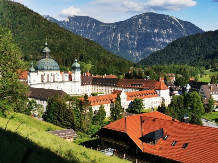 Discounted day trip through Bavaria from Munich, Germany to Zugspitze