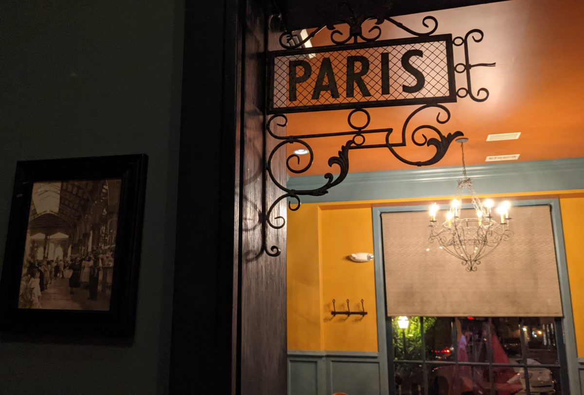 A Paris sign is part of the France decor at the Blue Talon Bistro near William & Mary & Colonial Williamsburg