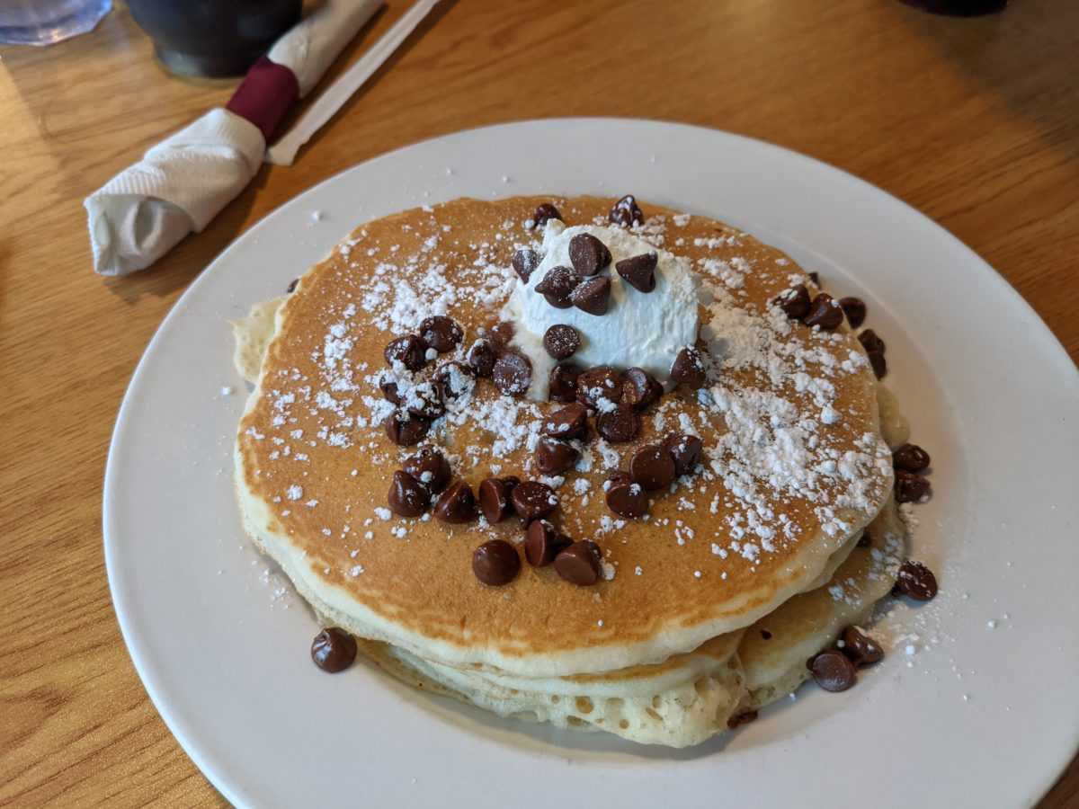 A review of the breakfast & brunch available at the Smokey Griddle Pancake House in Williamsburg, Virginia