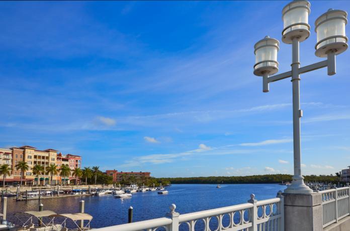 Trolley tour in Naples, Florida Gulf Coast, discount price