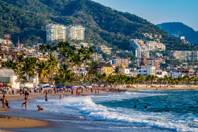 Discounted nightly rates up to 70% off Puerto Vallarta, Mexico hotels