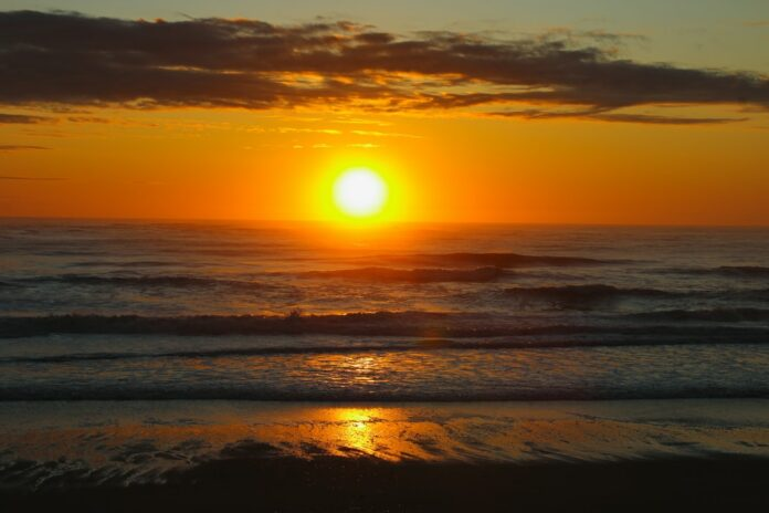Up to 37% off Massachusetts hotels in Eastham, Fairhaven, Quincy, Hyannis, North Falmouth, etc