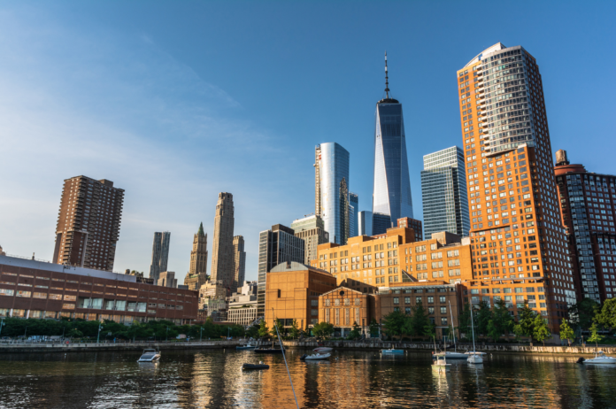 Discount price for New York City cruise from from Pier 25 Hudson River Park or 147 Main Street in Port Washington