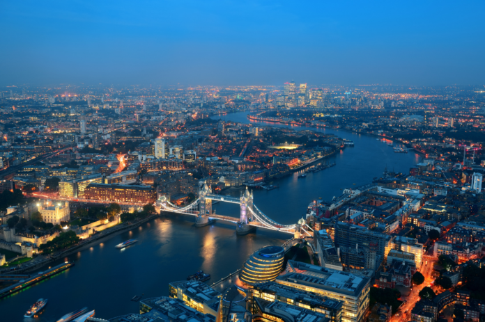 Special offers, discounted prices to Novotel Hotel at London Heathrow Airport