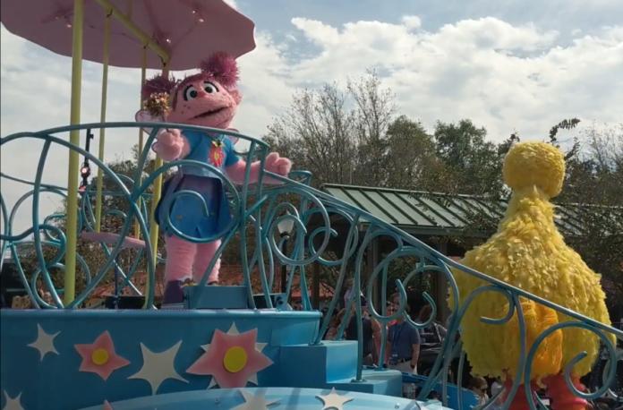 Video of the Sesame Street parade at SeaWorld theme park in Orlando, Florida