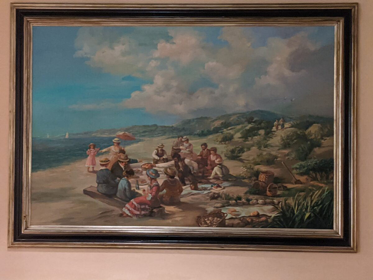 Cape May Cafe at Disney's Beach Club has great beach-themed paintings and artwork
