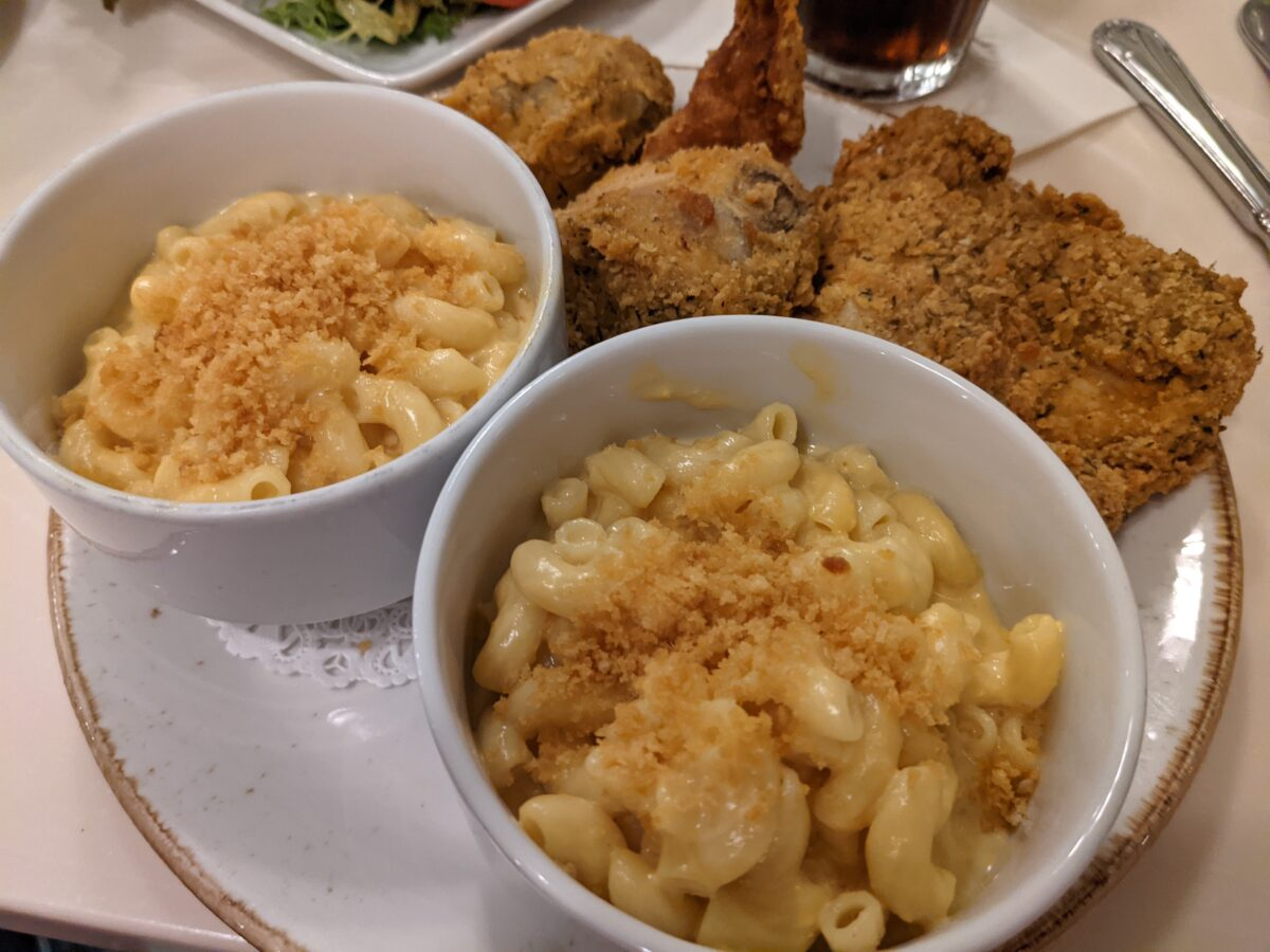 Eat Southern comfort food like fried chicken at Crystal Palace restaurant at Magic Kingdom in Disney World