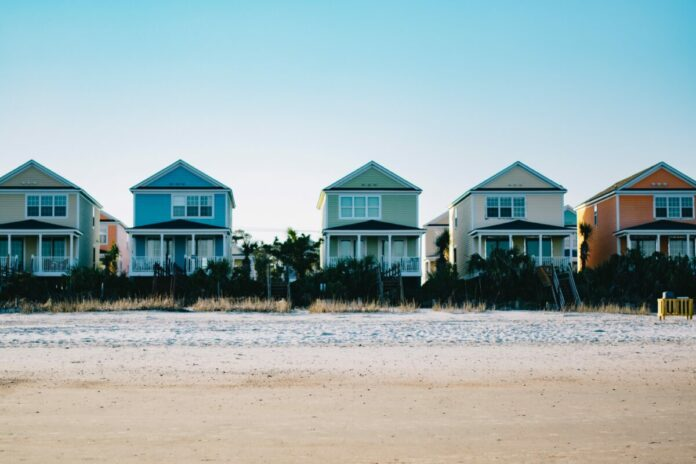 Enter VRBO - Beachfront Bliss Sweepstakes to win a $3,000 travel allowance