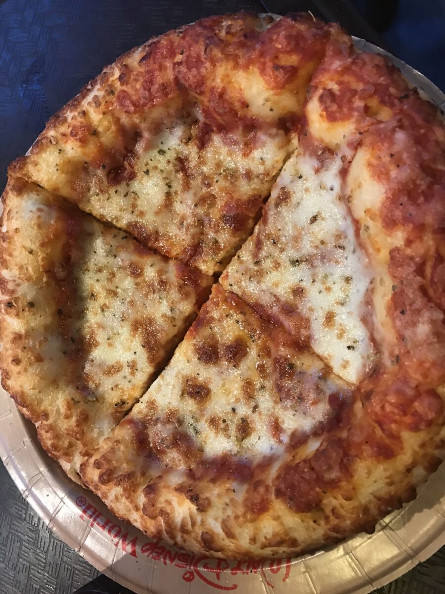 Disney's Hollywood Studios has great restaurants like Catalina Eddie's that serve quick service food items like cheese pizza