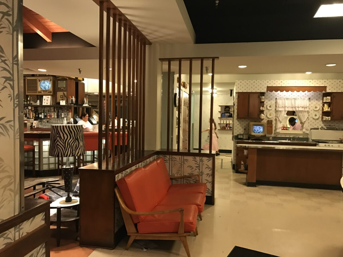 50s Prime Time Cafe Kitchen Theming at Disney World