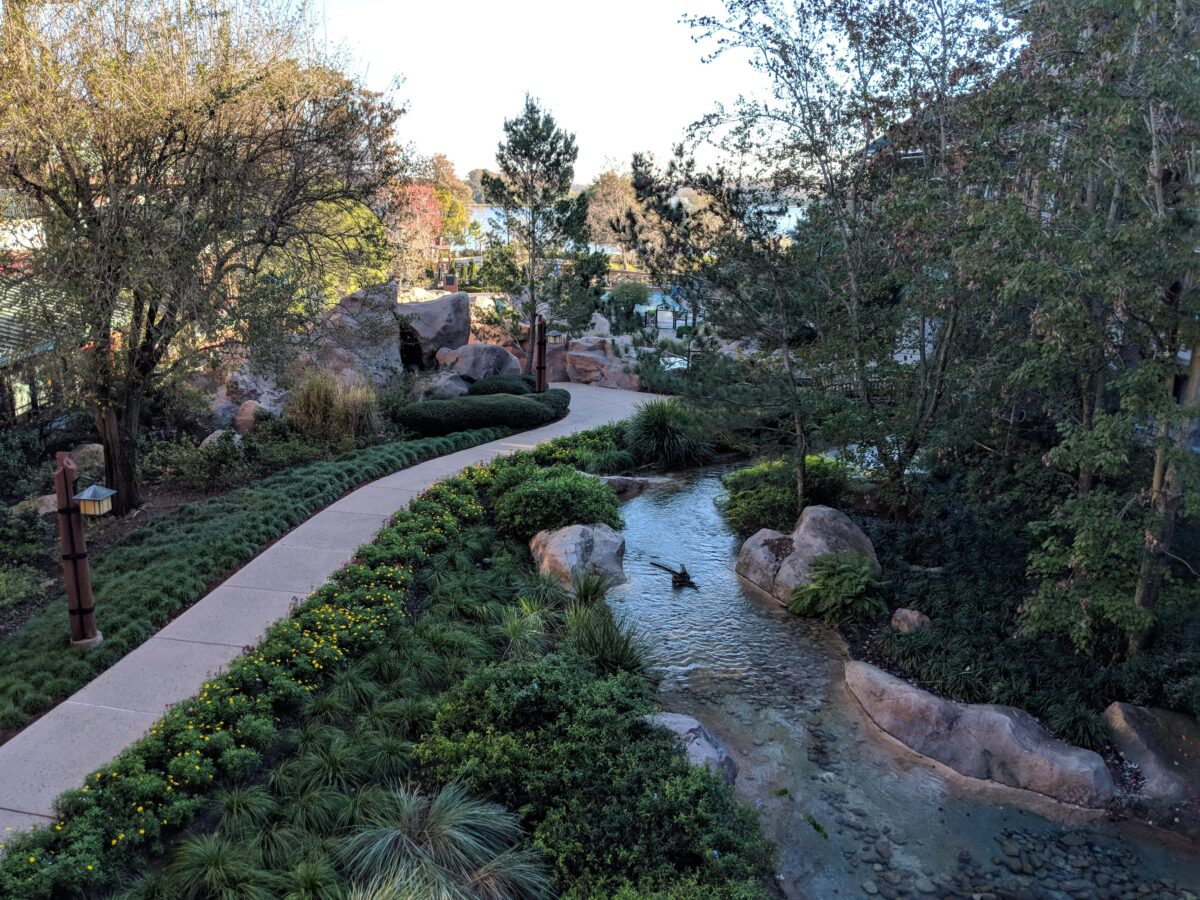 Wilderness Lodge hotel at Disney World in Orlando, FL has beautiful trees and landscaping