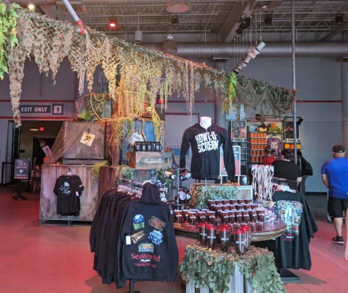 Visit the SeaWorld Orlando theme park gift shop for Howl-O-Scream gifs