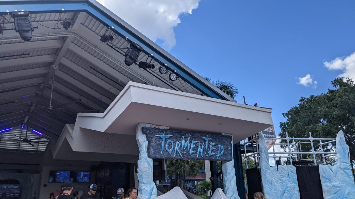 SeaWorld Orlando's Howl-O-Scream after hours Halloween event has multiple bars with drinks for adults