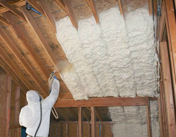 Getting spray foam right greenbuildingadvisor horror stories about spray foam abound on the internet but the truth is that spray foam failures are incredibly rare solutioingenieria Image collections
