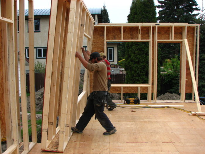 Exterior rigid foam on double stud walls is a no no for Least expensive way to build a house