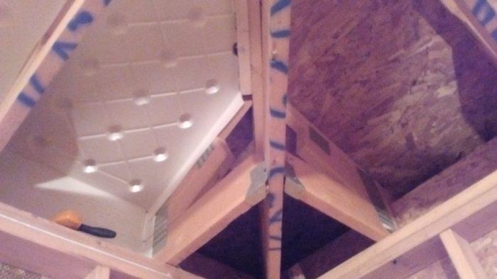 Insulation Baffle In Corner Of Hip Roof