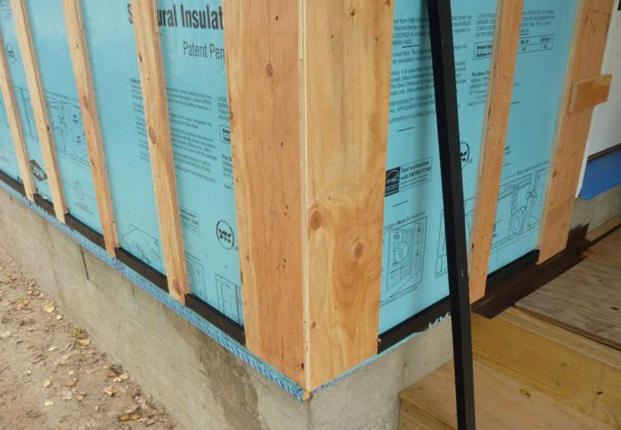Should A Roof Have A Rainscreen Greenbuildingadvisor
