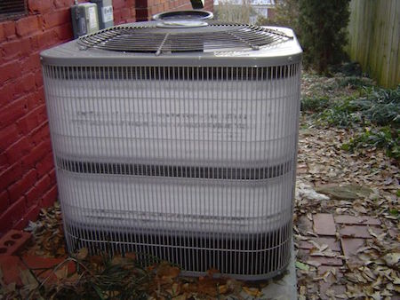 The outdoor unit of an air-source heat pump extracts heat from cold outdoor air. (Image by Energy Vanguard)