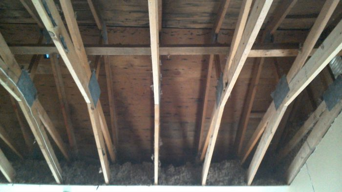 Replacing Insulation For 4 12 Pitch Scissor Truss Roof
