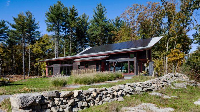 solar house site