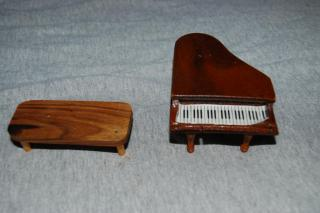 piano and table/bench