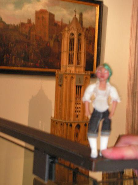 Dom Tower small scale
