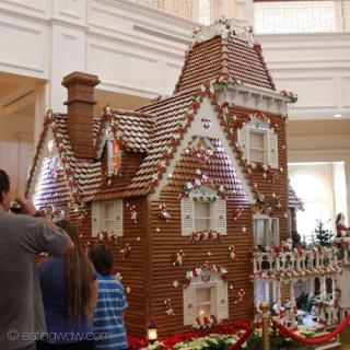 2013 grand floridian gingerbread house 4