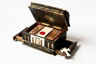Bible Casket 2