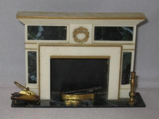 Regency dollhouse fireplace-vintage 1964